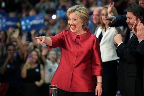 Ba Hillary truoc nguong cua lich su - Anh 1
