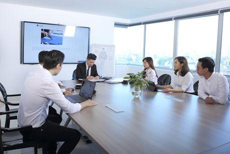 Doanh nhan tre Phan Dinh Tue: 'Toi so lam phat long nguoi khac' - Anh 2