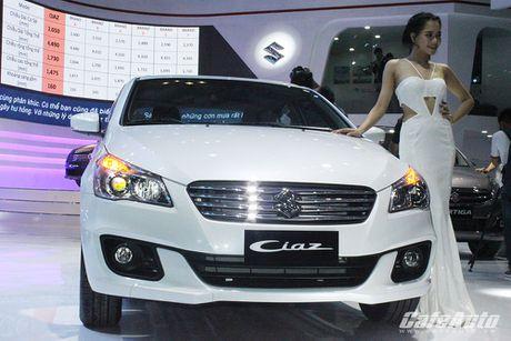 Suzuki Ciaz chinh thuc ra mat tai Viet Nam, gia tu 580 trieu dong - Anh 3