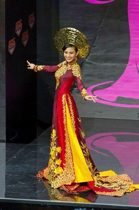 Quoc phuc Viet Nam toa sang tai 'dau truong' nhan sac the gioi - Anh 10
