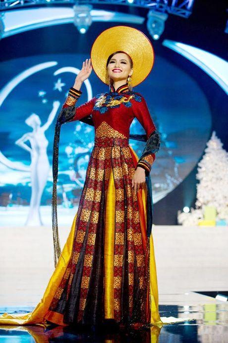 Quoc phuc Viet Nam toa sang tai 'dau truong' nhan sac the gioi - Anh 11