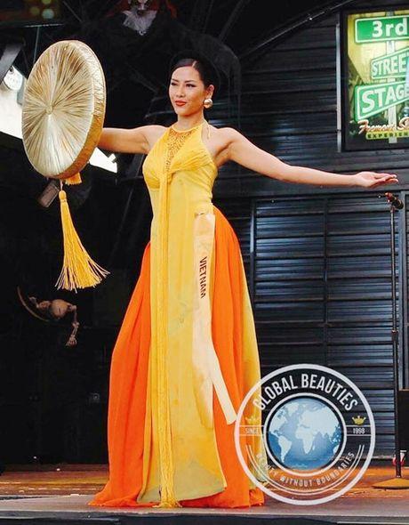 Quoc phuc Viet Nam toa sang tai 'dau truong' nhan sac the gioi - Anh 3