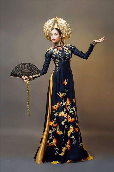 Quoc phuc Viet Nam toa sang tai 'dau truong' nhan sac the gioi - Anh 7