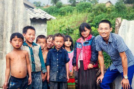 Hanh trinh nong san sach ve Thu do 'doi' ao moi cho tre em vung cao - Anh 1