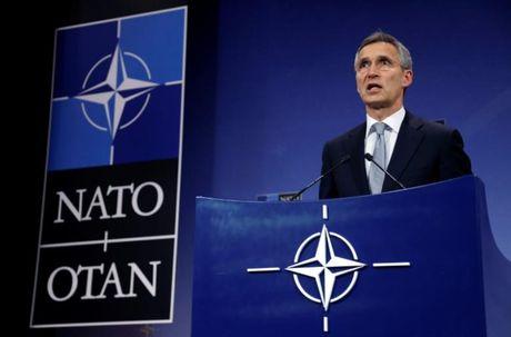 NATO hoi thuc dong minh dieu quan o at doi pho Nga - Anh 1
