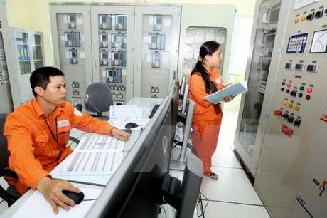 GLT chot danh sach tra co tuc dot 2/2015 bang tien mat 19% - Anh 1
