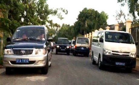 TP HCM muon thue xe cong de tiet kiem ngan sach - Anh 2