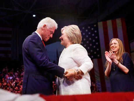 Neu Hillary Clinton lam tong thong, Bill Clinton se la de nhat tinh nguyen vien? - Anh 1