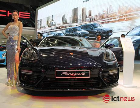 Can canh Porsche Panamera Turbo xuat hien tai Trien lam o to VIMS 2016 - Anh 7