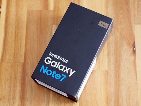 Dan buon len mang lung mua Galaxy Note 7 chinh hang de kiem loi - Anh 1