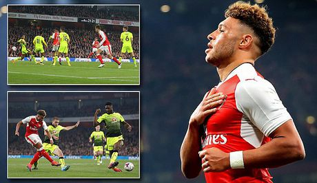 Liverpool, Arsenal cung thang o League Cup - Anh 2