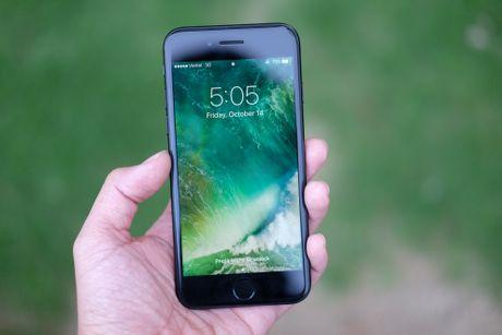 Nang cap iPhone de chong bi hack bang mot buc anh - Anh 1