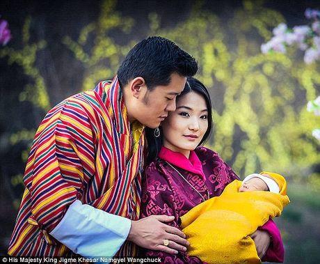 Chuyen tinh co tich cua vi vua xu so hanh phuc nhat the gioi - Anh 8