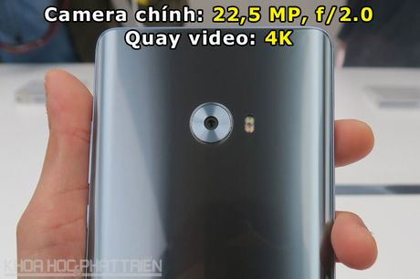 Can canh smartphone man hinh cong, RAM 6 GB cua Xiaomi - Anh 6