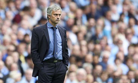 Lo ly do khien Mourinho be bet voi M.U - Anh 1