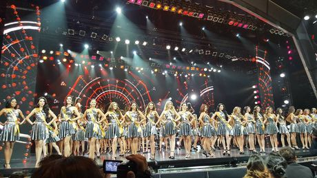 Nguyen Thi Loan lot top 20 Hoa hau hoa binh the gioi 2016 - Anh 10