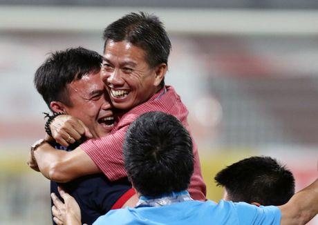 HLV Hoang Anh Tuan khong ngan U19 Nhat Ban - Anh 1