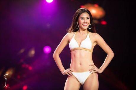 Nguyen Thi Loan bat dau 'dau' truc tiep o chung ket Hoa hau Hoa binh Quoc te - Anh 2