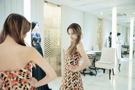 'Nam lun' La Thanh duoc NTK Cong Tri thiet ke, dong giay rieng - Anh 6