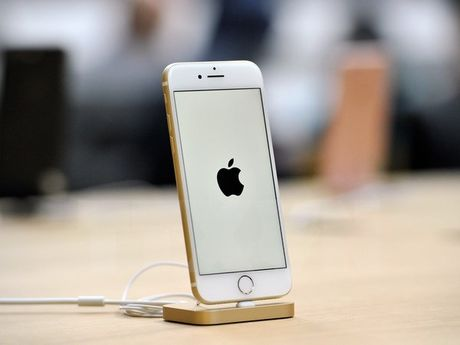 iPhone cu o Trung Quoc 'nguy trang' giong nhu iPhone 7 - Anh 1