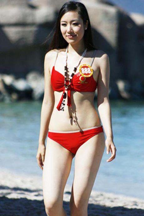 Ngam lai anh bikini cua cac hoa hau Mai Phuong Thuy, Ngoc Han - Anh 7