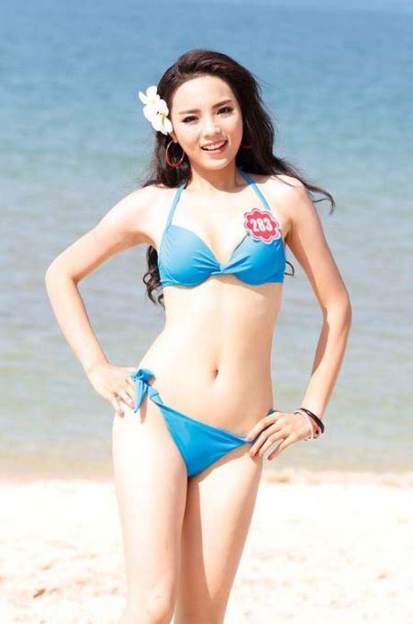 Ngam lai anh bikini cua cac hoa hau Mai Phuong Thuy, Ngoc Han - Anh 9
