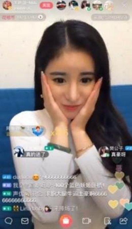 Gai tre TQ duoc tang 3,5 ty dong chi sau mot phut stream - Anh 4
