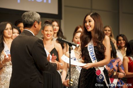 Dai dien nhan sac Viet 'truot' top 15 Hoa hau Quoc te - Anh 7