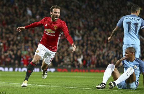 Man United 1-0 Man City: Juan Mata doi no cho Quy do - Anh 4