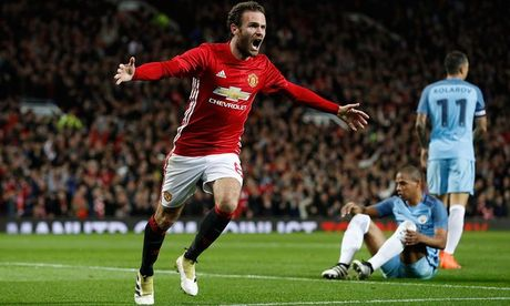Juan Mata toa sang, Mourinho 'rua han' thanh cong truoc Pep Guardiola tai Old Trafford - Anh 3