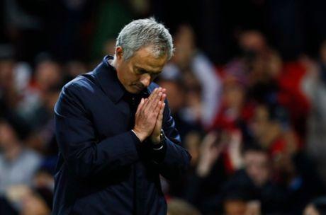 Jose Mourinho: Qua de de la fan Man United sau cu an 3 - Anh 1