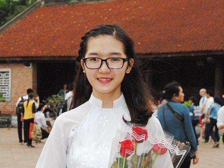 Nu sinh Bac Giang va thanh tich hoc lich su dang ne - Anh 3