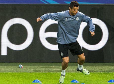 Ronaldo bat mi bi quyet luyen co dui - Anh 1