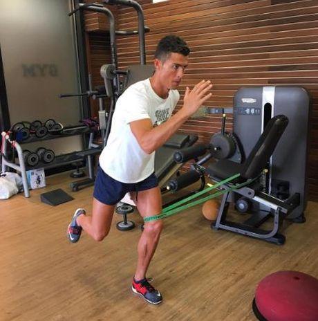 Ronaldo bat mi bi quyet luyen co dui - Anh 2