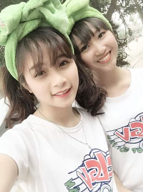 Co gai bat ngo noi tieng voi nick-name 'hot girl cong xuong' - Anh 5