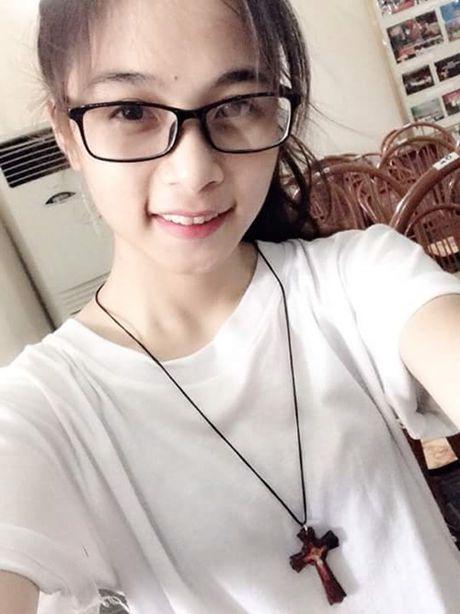 Co gai bat ngo noi tieng voi nick-name 'hot girl cong xuong' - Anh 8