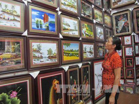 Giu gin va bao ton lang nghe theu Van Lam - Anh 2