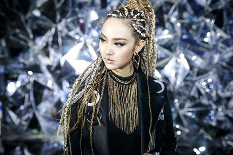 3 MV voi ao quan sanh dieu, dep nhu phim thoi trang cua Minh Hang - Anh 2