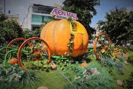 Pho Sai Gon moi la ben nhung qua bi khong lo chao Halloween - Anh 3