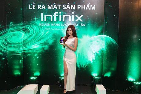 Infinix ra mat bo doi phablet Note 3, Hot 4: Gia re, pin khung - Anh 6