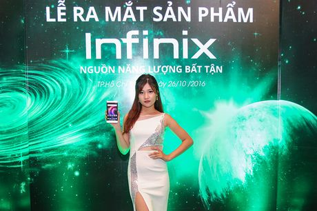 Infinix ra mat bo doi phablet Note 3, Hot 4: Gia re, pin khung - Anh 7