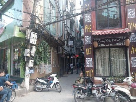 Ha Noi: No sung nhu phim hanh dong, 2 nguoi thuong vong - Anh 1