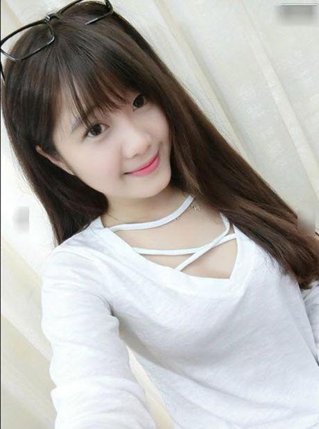 Hoc sinh 'phat hon' vi co giao Vung Tau dang yeu, xinh xan nhu hoc sinh cap 2 - Anh 5