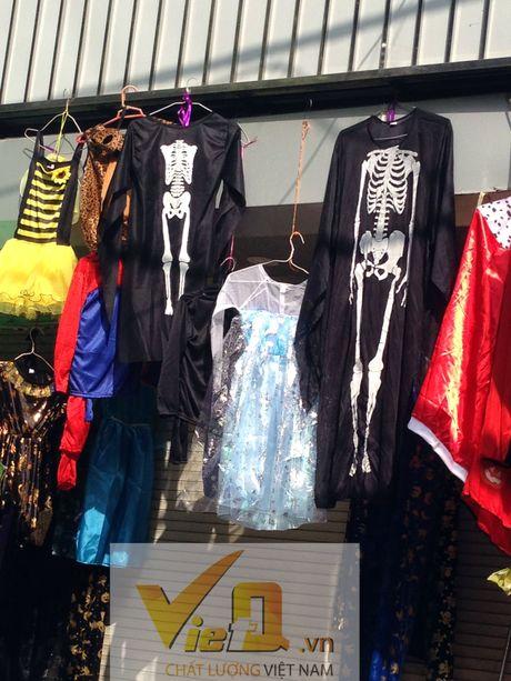 Thi truong Halloween: Thi phan danh cho tre em hut khach - Anh 4