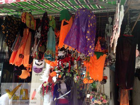 Thi truong Halloween: Thi phan danh cho tre em hut khach - Anh 5
