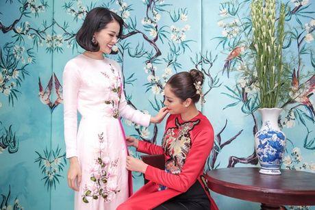 Cuong Do la lai sieu xe dua Ha Vi du su kien ton vinh ao dai Viet - Anh 8