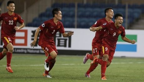 Fan ve san kich ban U.19 Viet Nam thang kich tinh U.19 Nhat Ban - Anh 2