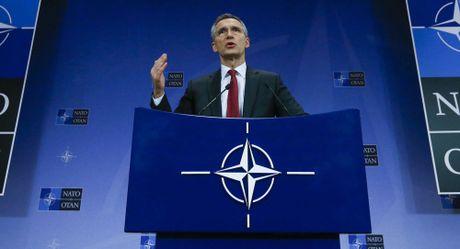 NATO cao buoc Nga khong muon cai thien quan he - Anh 1