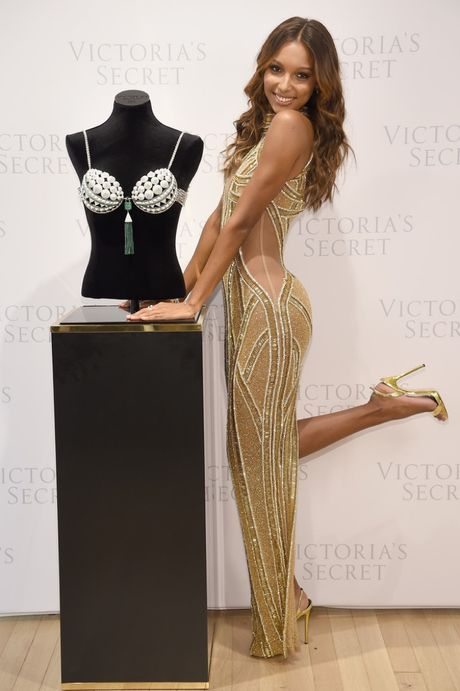 Thien than Jasmine Tookes dien noi y Victoria's Secret trieu do - Anh 3