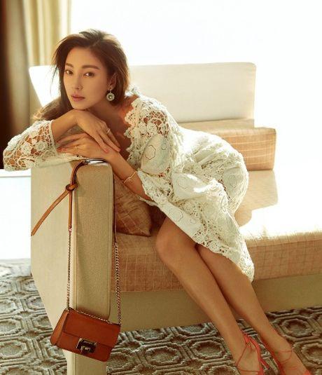 My nhan phim Chau Tinh Tri tai hon chong vanh sau 70 ngay yeu - Anh 7